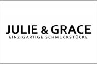 Фото JULIE-GRACE